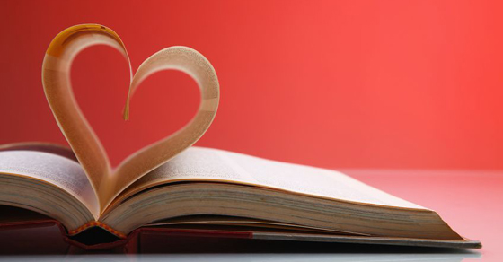 book_heart_shape_large