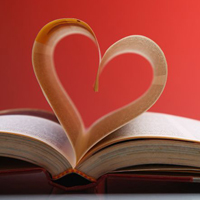book_heart_shape_mid